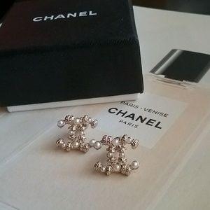 Chanel Pink Pearl Stripe Earrings!🌸